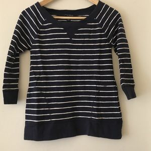 Banana Republic navy and white pullover top